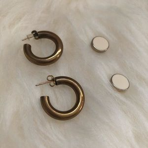 Set of 2 pairs gold- one thick hoops & cream studs